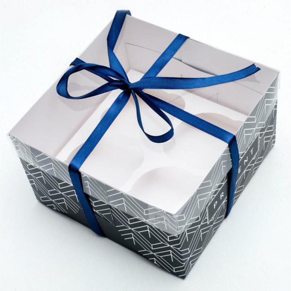 """Коробка для капкейка """"Present"""" 16*16*10 см"""